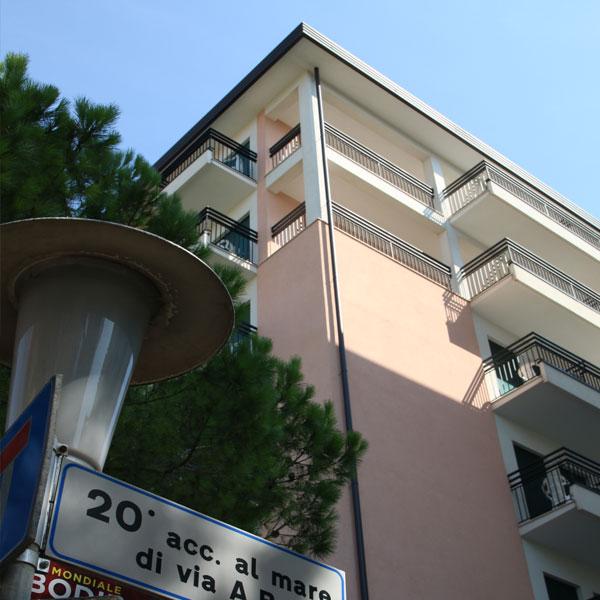 estrno-hotel-panorama